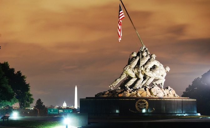 Iwo Jima Memorial - the men behind the flag raising