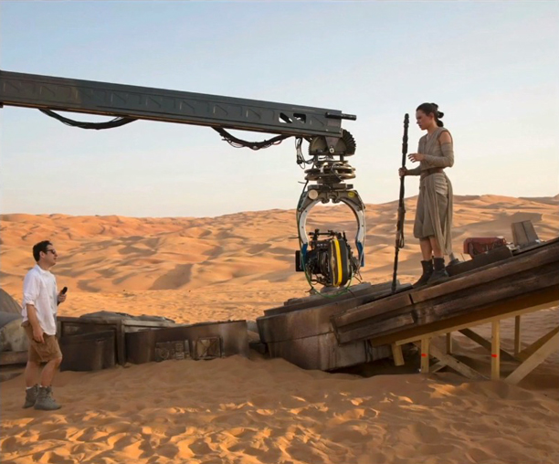 'Star Wars: The Force Awakens' JJ Abrams directing Daisy Ridley